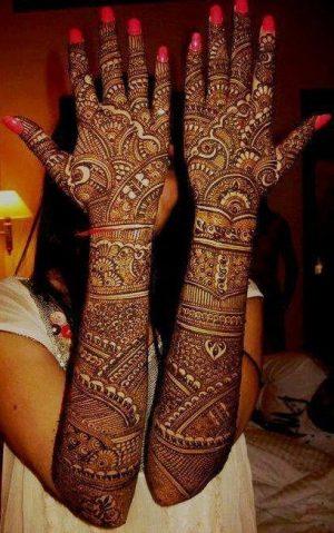 very cool looking half hand mehndi design
