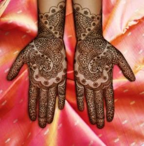 Unique bridal mehendi design