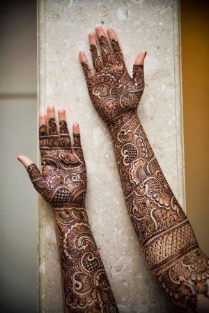 Full hand Mehendi