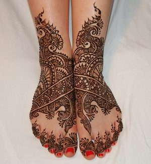 Bridal Mehendi Design for Weddings