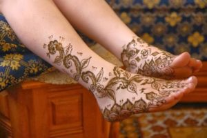 Flower feet mehendi design