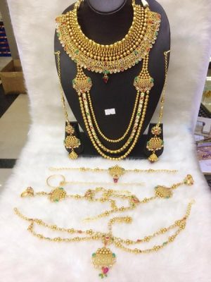 Full gala Gold necklace set
