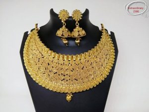 Full gala band style gold necklace set