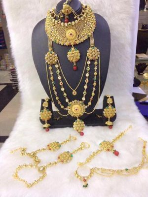 Full galaband long gold thread necklace set