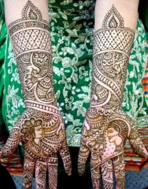 Bridal Full hand mehendi design with bride and groom pics