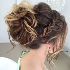 Office hair style in stylish way