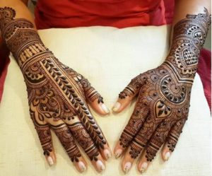 Beautiful palm mehendi design for love