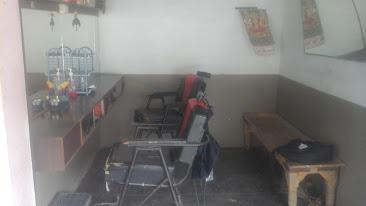 Rajkumar Saloon