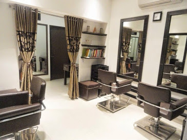 Simrann's Salon