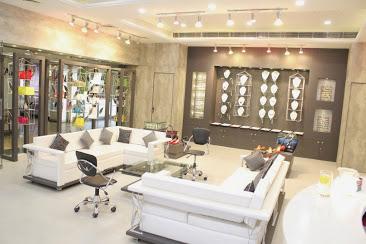 Silverine Unisex Spa and Salon
