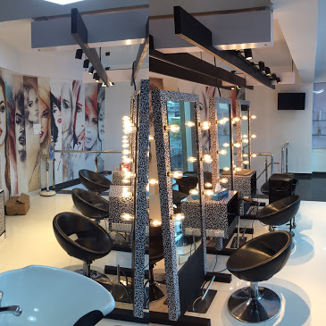 Toni & Guy Salon & Spa Mumbai Malad West