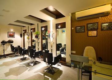 PonyUp Salon