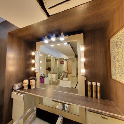Sangeeta Devs Make up House