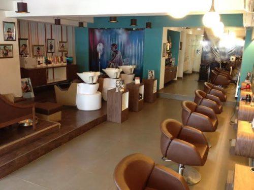 BBLUNT Mini Salon