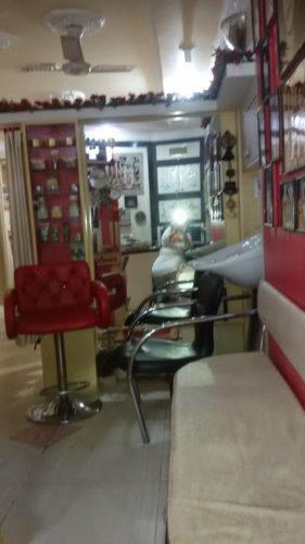 Shahnaz husain beauty parlour
