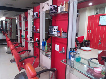 Instyle Saloon