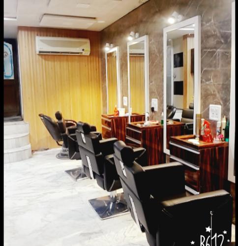 Empress Beauty Salon