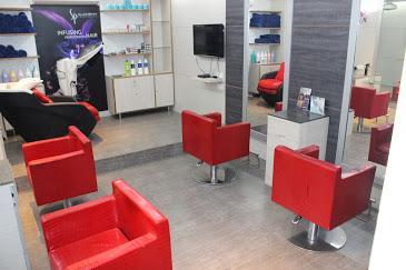 Empire Luxury salon and studio