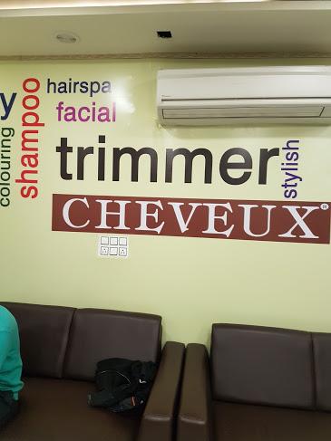 CHEVEUX - Best Salons