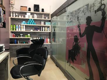UB's Salon