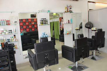 Makeover Female Salon & Academy(Best Salon in Bilaspur)