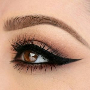Mregnayni style kajal in eyes