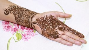 Anarkali leave style mehendi design