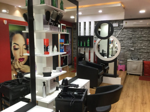 Raanya Beauty Parlour