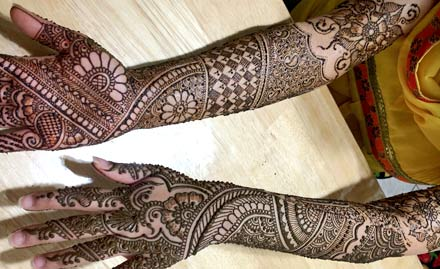 Friends Mehandi Art
