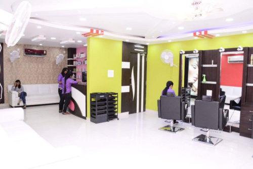 Senrick Premium Unisex Salon