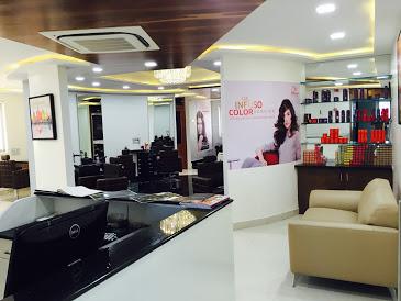 THE SALON Hair & Beauty Studio