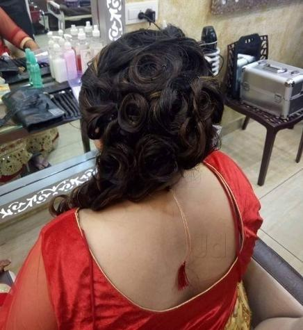 new style of maitri beauti parlour