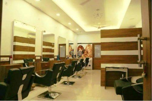 lconic Salons