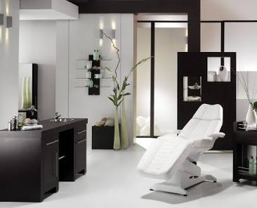 Molly ' & beauty parlour & spa