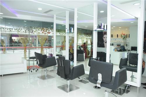 Maanasa Hair and Beauty Salon