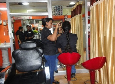 Royal Beauty Parlour & Training Centre