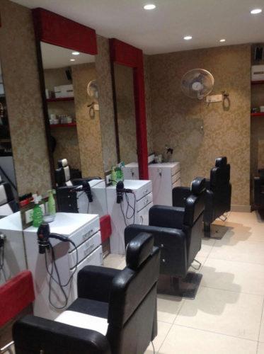 Vaishno Beauty Parlor