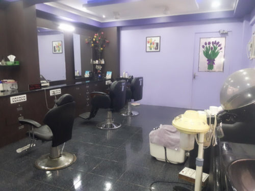 Stylish Beauty Parlor