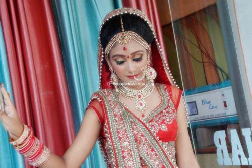 Roop Nikhar Beauty Paurlour