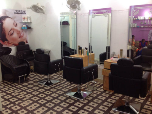True beauty parlor