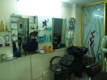 Evita's beauty parlour