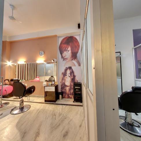 A 2 Z Hair Beauty & Academy (The Family Salon)