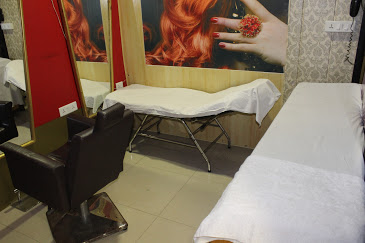 Abhay's Piazza Beauty Parlour and Training Institute