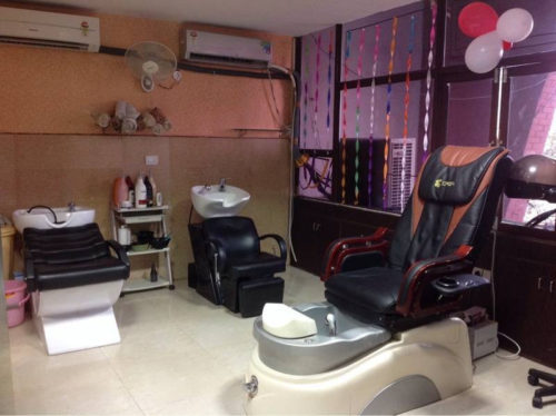 Sona Family Salon And Spa