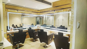 Engross unisex salon and spa