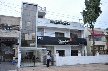Meenakshi's Salons & Academy