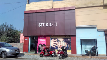 Studio11 Salon & Spa Rampur