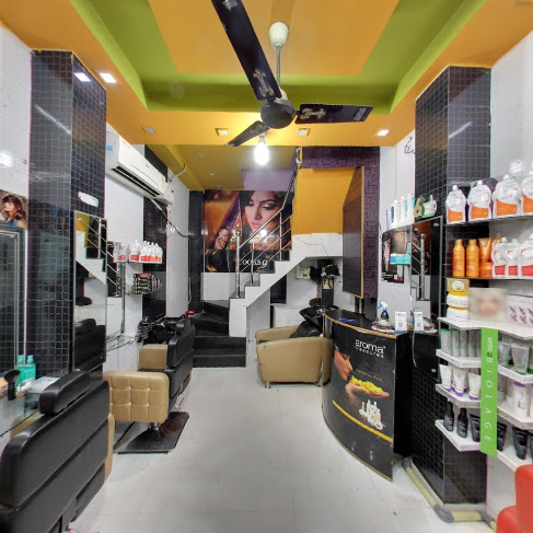 Looks 9 Unisex Salon