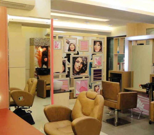 Attraction unisex salon
