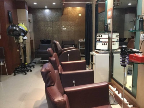 Rib's Beauty Salons